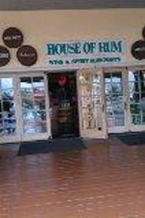Grand Lucayan, Bahamas: Shopping for booze