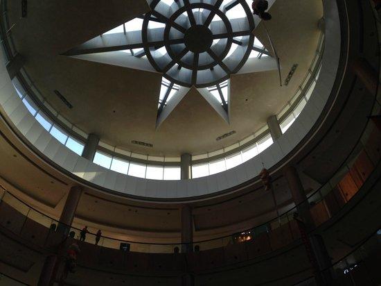 The Dubai Mall: Teto do shopping