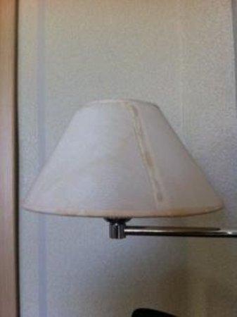 BEST WESTERN Hotel Fenix: Stained Lamps