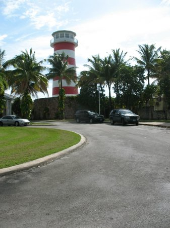 Grand Lucayan, Bahamas: Down at the far end of the Grand Lucyan Walk down and see that area wonderful area.