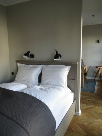 Kvosin Downtown Hotel: One of the two bedrooms of room 205