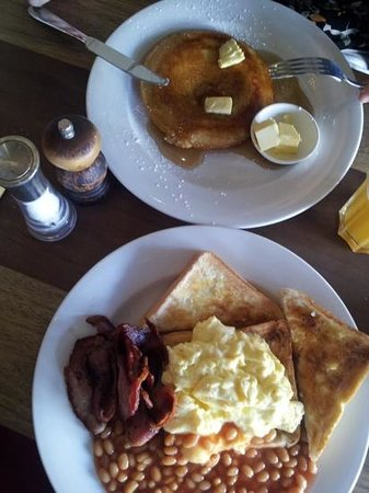 Butcher Shop Cafe: awesome breakfast!!!