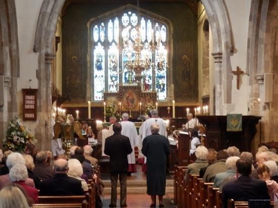 St Laurence Church: sunday service