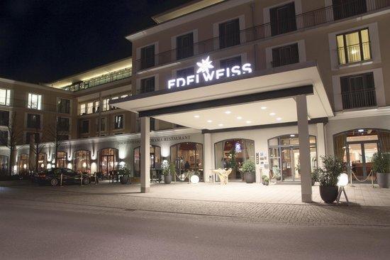 Hotel Edelweiss: Eingang