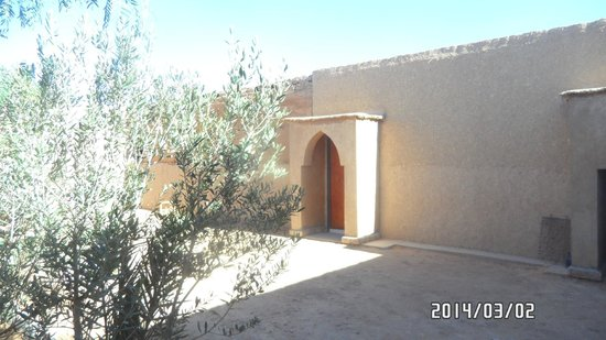 Auberge Hassi Ouzina: Hotel