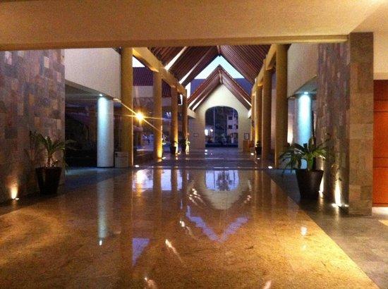 Barcelo Grand Faro Los Cabos: Gorgeous Foyer