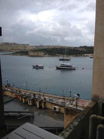 Sliema Marina Hotel: vista della camera 6 piano