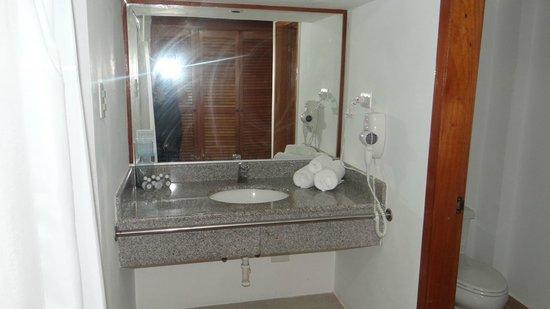 Isla Caribe Beach Hotel : baño