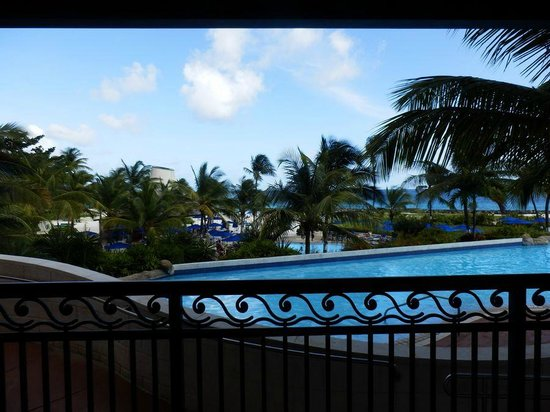 Hilton Barbados Resort: pool outside