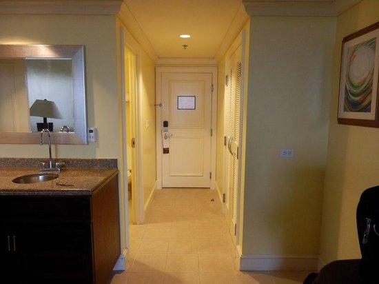 Hilton Barbados Resort: our hallway