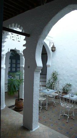 Casa Perleta: patio interior del riad