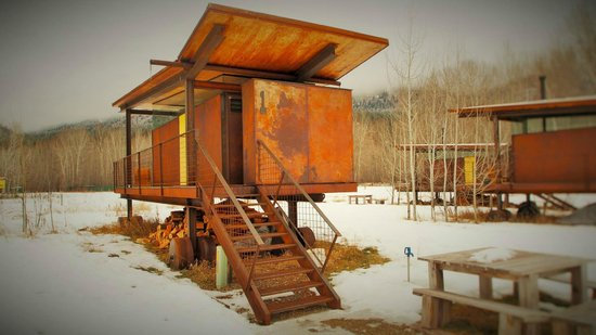 Rolling Huts: Cabins