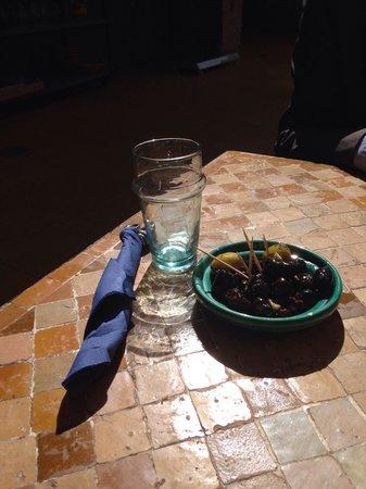 Restaurant Cafe La SQALA : Las olivas de aperitivo