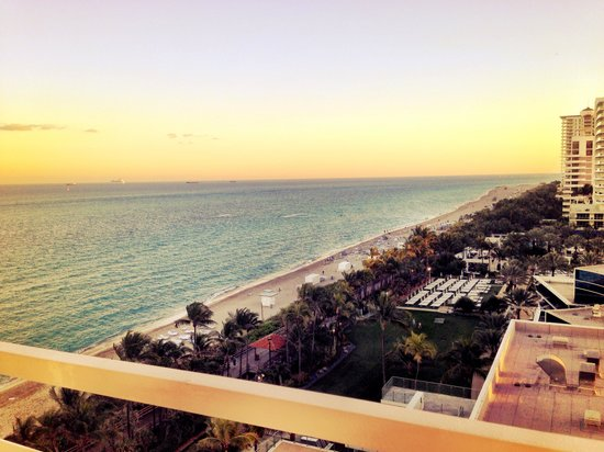 Fontainebleau Miami Beach: Second view of the wrap around balcony in the Versailles tower one bedroom ocean front suite