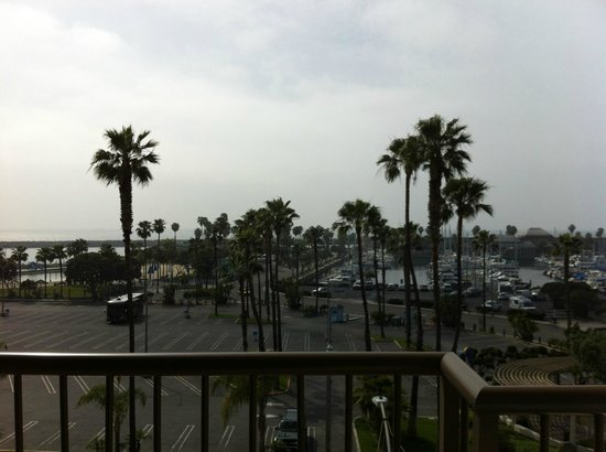 Crowne Plaza Redondo Beach & Marina: View of marina from balcony