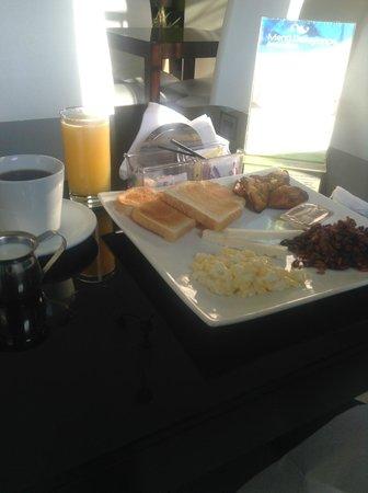 Villa del Angel Hotel : Salvadoran Breakfast