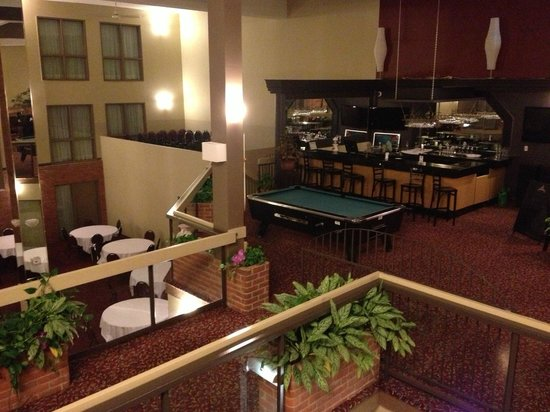 BEST WESTERN Laval-Montreal: bar