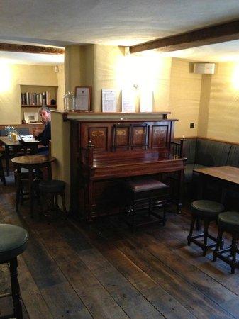 The Royal Oak Tetbury : The pub joanna...