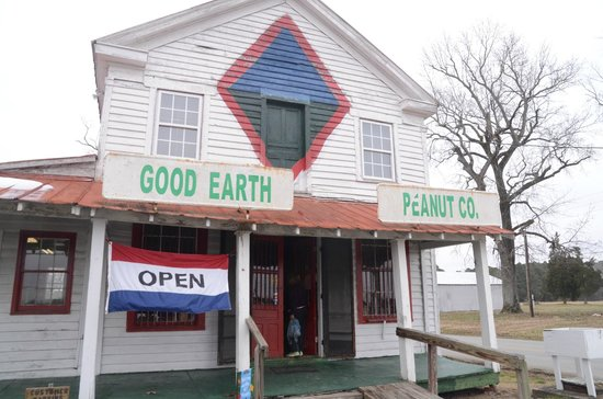 Good Earth Peanut Company: A MUST stop on 95 in Virginia