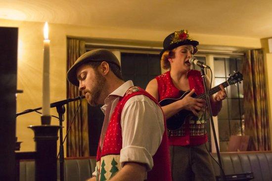 The Royal Oak Tetbury : Sidney & Percy