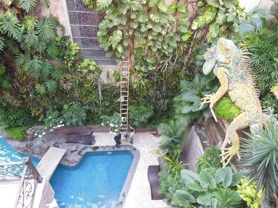 Grand Hotel Guayaquil: La piscina