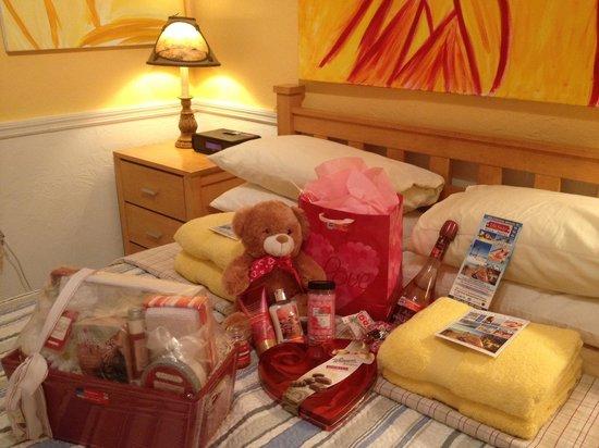 Villa Sinclair Beach Suites & Spa : Valentine's goodies