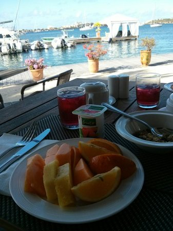 Mercure Saint-Martin Marina & Spa: Breakfast