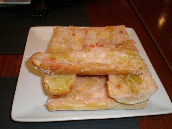 A Taberna do Bispo : pão azaite e tomate