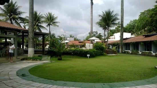 Pousada da Condessa: Área do hotel, com vista pra piscina.