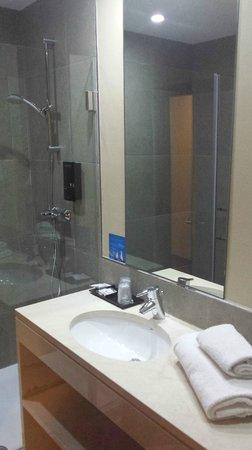 Hotel Expo Astória : Banheiro