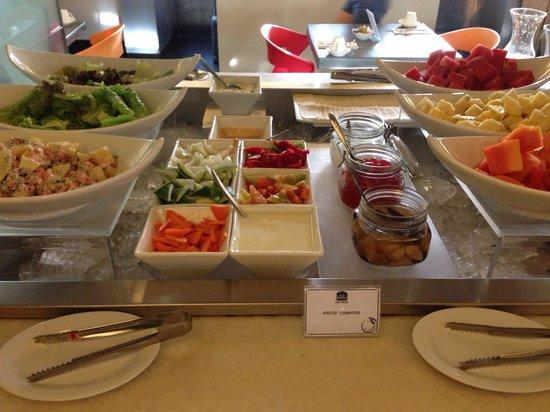 BEST WESTERN Kuta Beach: Fresh salad is the best breakfast