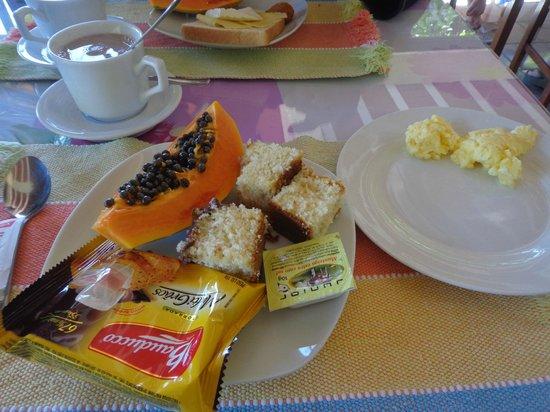 Chale Da Montanha : Café da manhã.