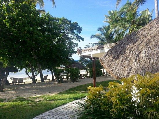 Castaway Island Fiji: Beachfront Bure Nr. 9 @ Castaway Island 05.03.14