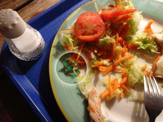 """Casona del Patio: El """"especial"""": ensalada con papelitos"""
