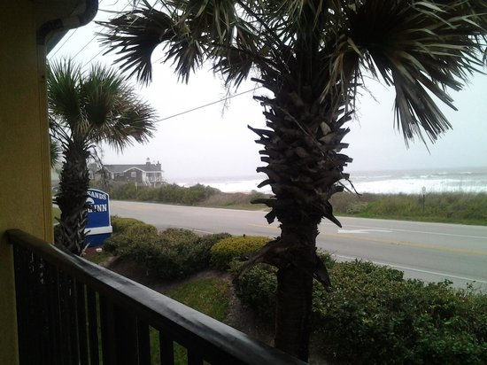 Ocean Sands Beach Inn: room view