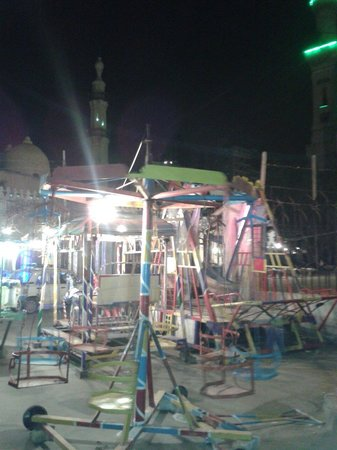 Mosque of Abu al-Abbas al-Mursi: Permanent children's kermis in front of the mosque.