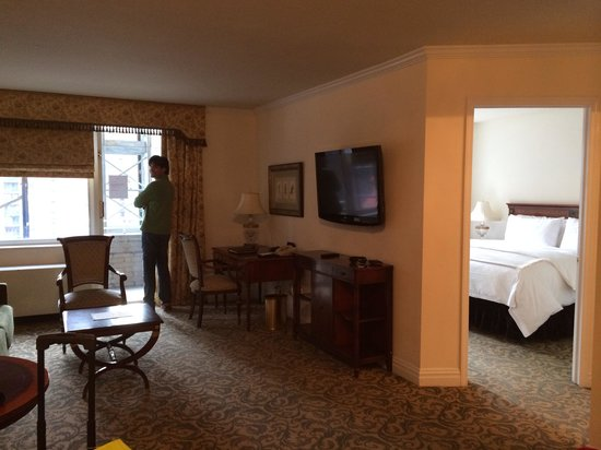 The Kimberly Hotel: Awesome suite