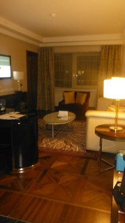 InterContinental Moscow Tverskaya Hotel: my corner suite