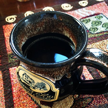 Chestnut Hill Bed & Breakfast Inn : I loved the coffee cups