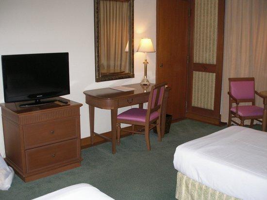 Sedona Hotel Mandalay : Room