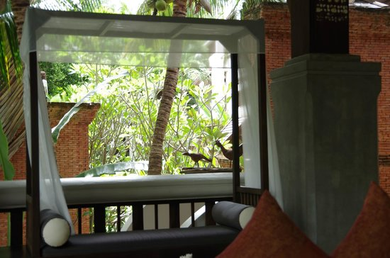 Muang Samui Spa Resort : フロント。横になったら気持ちよかった