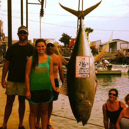 Huntress Sport Fishing: Fat Yellowfin