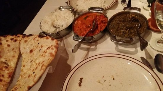 The Clay Oven: Rice, Naan, Chicken Tikka Masala and Chicken Saag