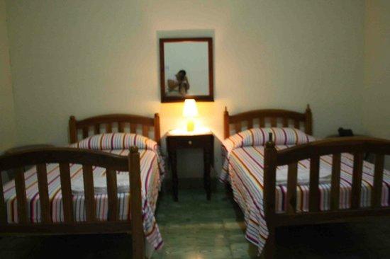 Emerald Hotel: Habitación doble o  triple