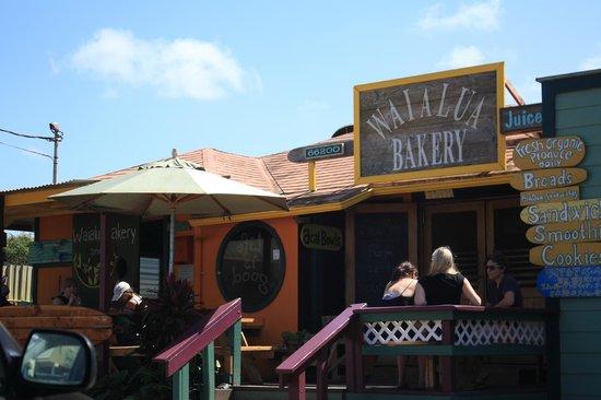 Waialua Bakery: Front entrance