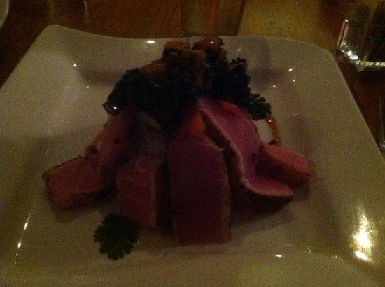 Square Root : Five spice tuna entree
