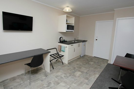 Commodore Motor Lodge: 1 Bedroom Unit