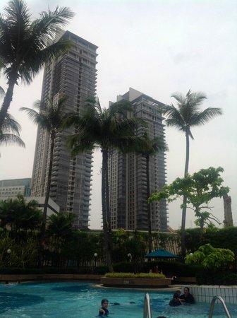 Grand Millennium Kuala Lumpur : View from pool towards Pavillion next door
