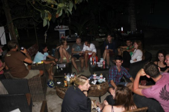 Mushrooms' Backpacker Hostel: Chilling out with awesome peeps