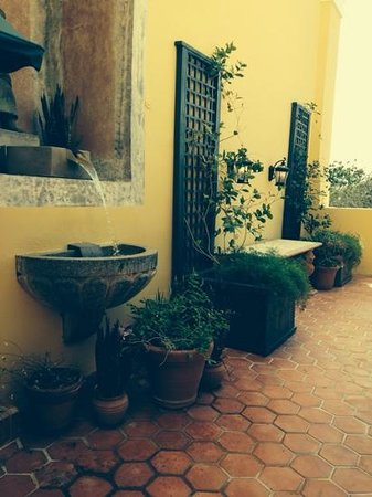 Hotel El Convento: the veranda